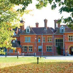 Schoolreis naar Grosvenor Hall. topaccommodatie met veel sportmogelijkheden.